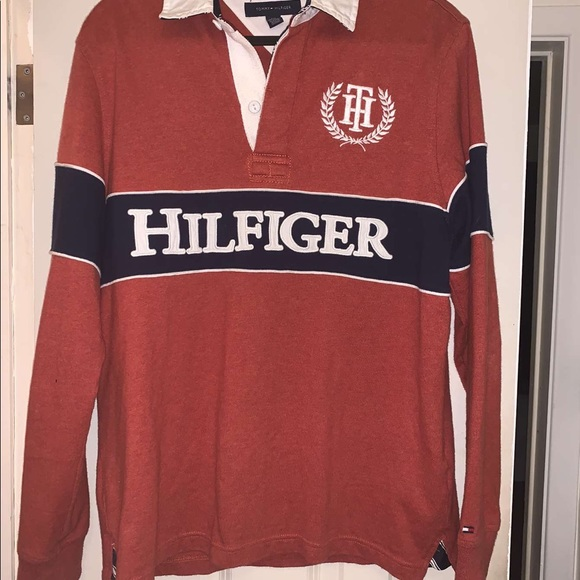 🍂VINTAGE TOMMY HILFIGER SPELLOUT POLO LONGSLEEVE